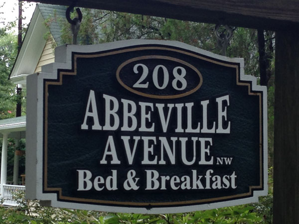 208 Abbeville B&B | Thoroughbred Country