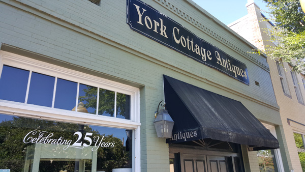 York Cottage Antiques | Thoroughbred Country
