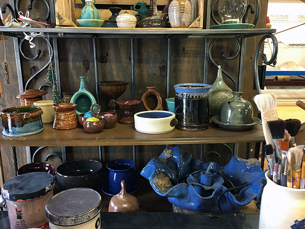 Southern Moon Pottery | Thoroughbred Country
