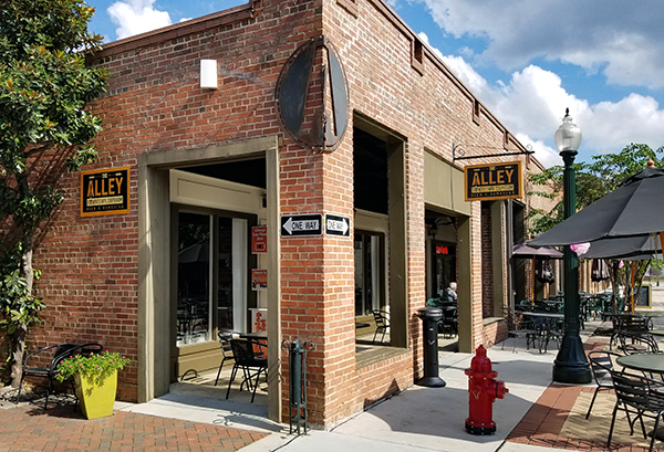 Alley Downtown Taproom | Thoroughbred Country