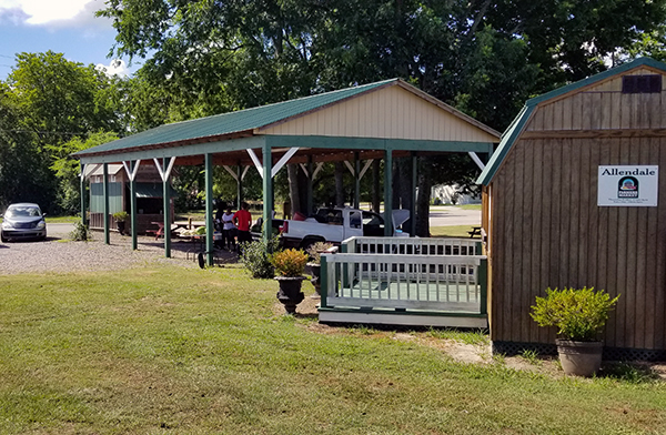 Allendale Farmers Market 2   Thoroughbred Country