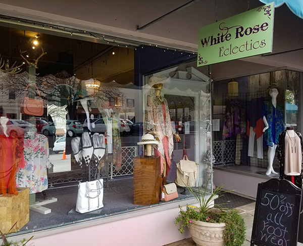 White Rose Eclectics 2 | Thoroughbred Country