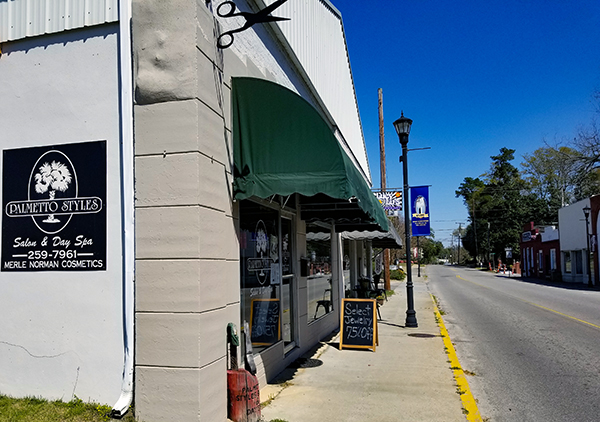 Palmetto Styles Salon & Day Spa | Thoroughbred Country