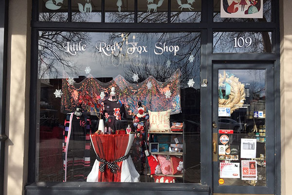 Little Red Fox Shop | Thoroughbred Country