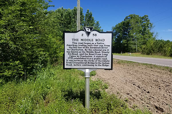 The Middle Road/Indian Head | Thoroughbred Country