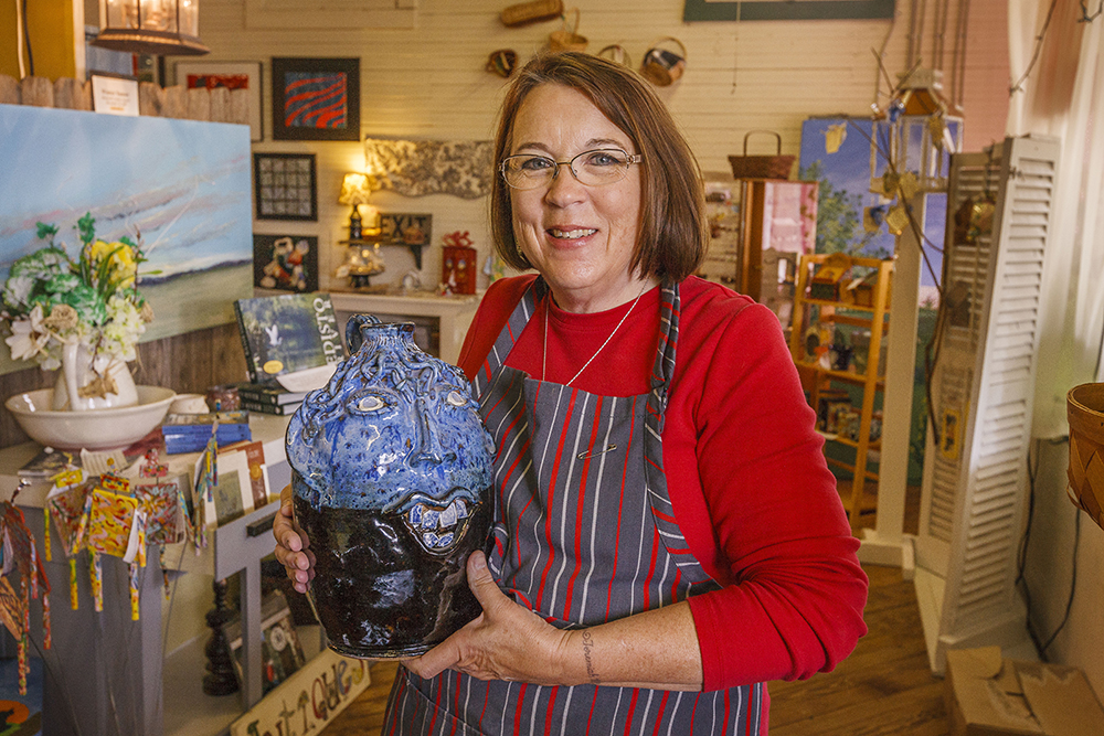 Shop Local This Holiday | Thoroughbred Country