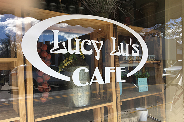 Lucy Lu Cafe | Thoroughbred Country